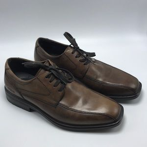 Kenneth Cole Reaction 8M Brown Leather Shoes